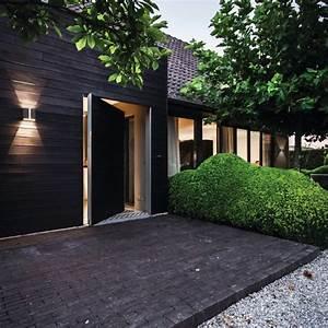 Fassadenbeleuchtung Außen Led : ideen f r die fassaden und hausbeleuchtung lichtjournal ~ Markanthonyermac.com Haus und Dekorationen