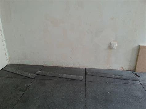 comment mettre des plinthes carrelage carrelage des plinthes 233 conomiques sur mesure pour une finition parfaite reussir ses travaux