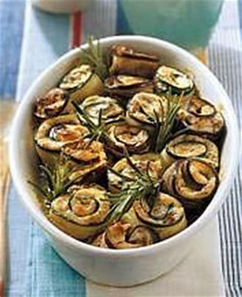 cuisine italienne gastronomique roulade aubergine et courgette cuisine italienne