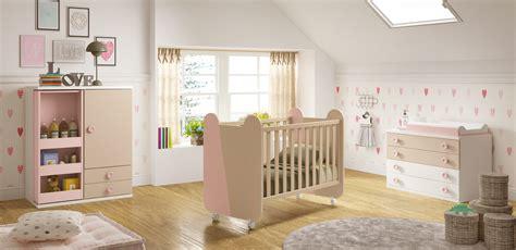 chambre de bebe complete chambre de bébé complete miki moderne et épurée glicerio