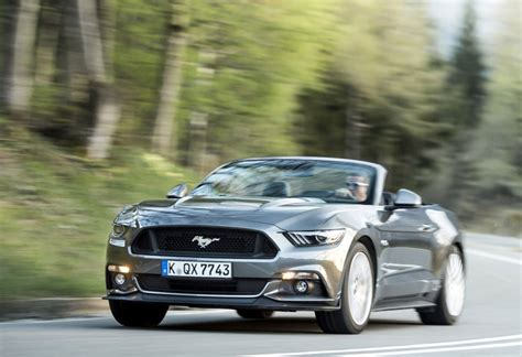 ford mustang cabrio 2017 ford mustang cabrio 2 3i ecoboost 2017 prix moniteur automobile