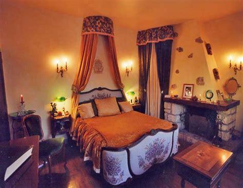 chambre couleurs chaudes décoration de chambre grand siècle décoratrice à