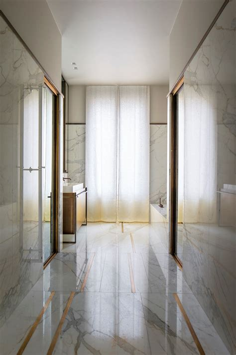 Modern Bathroom And Tiles St Marys by Appartement Trocadero In Rodolphe Parente