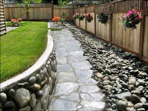 river rock landscaping stone   home  garden designs