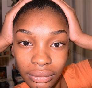 Thick Eyebrows threaded and defined – Be PETRAFIED!