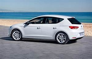 Seat Leon Blanche : seat leon hatchback 2013 features equipment and accessories parkers ~ Gottalentnigeria.com Avis de Voitures