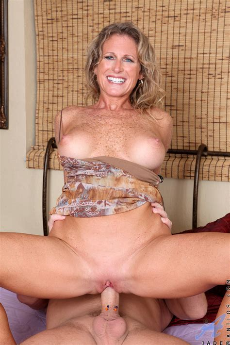 Freckled Milf Slut With Big Tits Jade Rides A Cock And