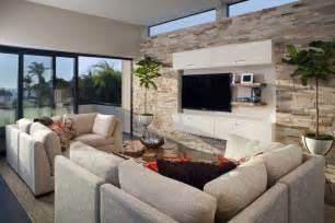 steinwand wohnzimmer kunststoff steinwand im wohnzimmer wanddeko mit verblendsteinen