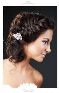 coiffure invitã e mariage 16 coiffures de mariée avec tresse beauté forum mariages net