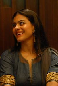 Kajol and Tanuja attend breast cancer event - Bollywood Garam