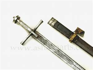 Very nice Kaskara sword with Silver mounts from the Sudan ...