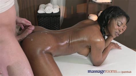 Massage Rooms Dark Skinned Goddess Squirts From Hardcore