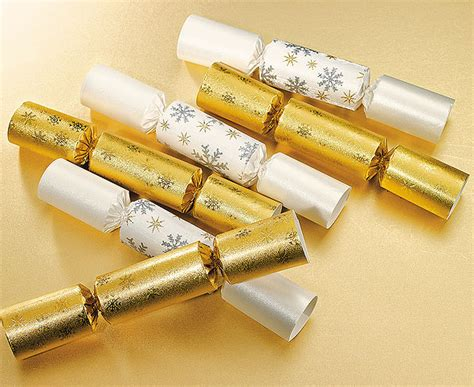 london moore s 12 days of christmas special and on the 2nd day of christmas christmas poppers