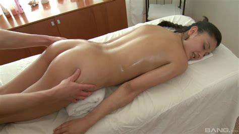 massage leads hot brunette to really crave for the wet