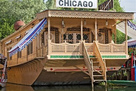 Houseboats Chicago by 7 Houseboats Of Kashmir That Offer The Experience