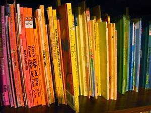 How to Build a Children's Book Collection - Keeping Life ...