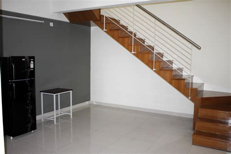 Fully Furnished 3bhk flat on rent for women near