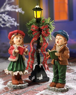 christmas carollers figurine set  collections