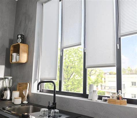 store cuisine moderne les 25 meilleures idées de la catégorie rideaux de fenêtre