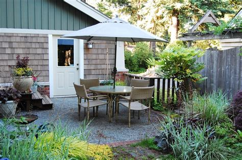 Pea Gravel Patio Images by