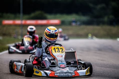 armstrongs hanley top 28 armstrongs hanley armstrong wins in kf hanley chion at last vroomkart an post rs
