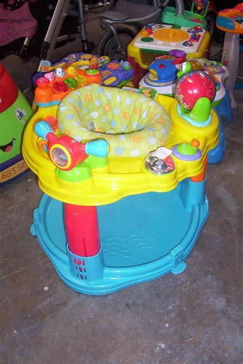 siège d activité bébé table d 39 activité avec siège