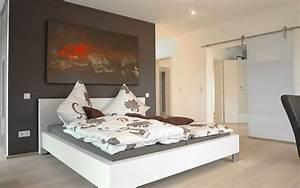 Begehbarer Kleiderschrank Kleines Schlafzimmer : ankleide begehbarer kleiderschrank ~ Michelbontemps.com Haus und Dekorationen