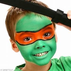 Maquillage Halloween Garcon : maquillage super heros facile ~ Melissatoandfro.com Idées de Décoration