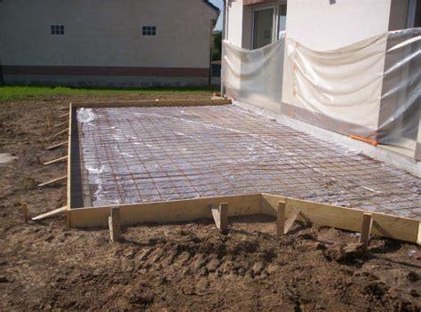 faire une terrasse en bois sur beton mzaol com