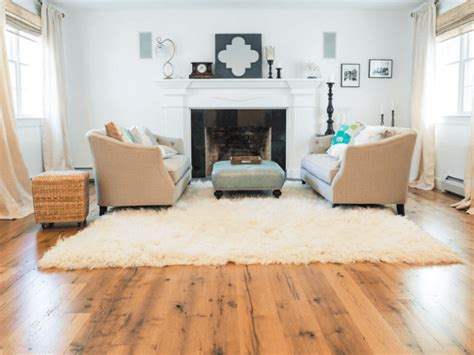 Living Room Designs With Oak Flooring by Wide Plank Reclaimed Oak Flooring In A Traditional Living