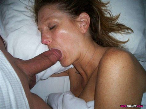 Dilettante mammas and MILFs love sex Amateur moms and MILFs love sex – WIFE BUCKET - Free ...