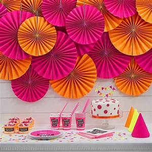 neon pink circle fan party decorations by ginger ray