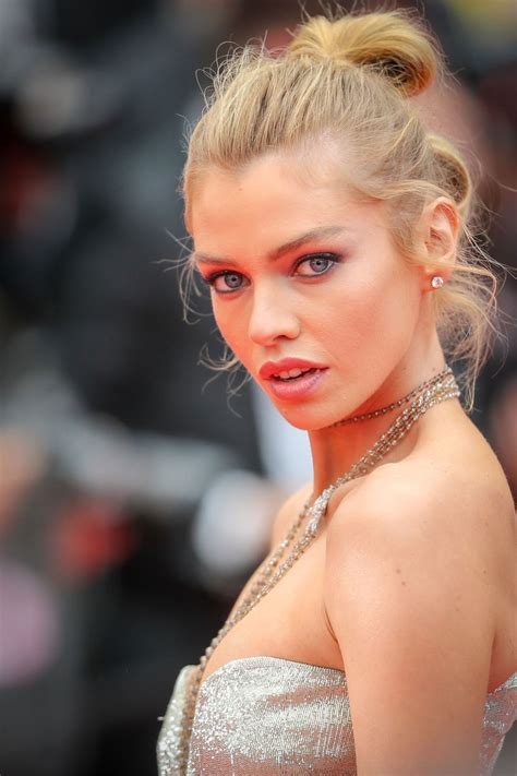 Red Carpet – Stella Maxwell at Cannes Film Festival 2018 ...