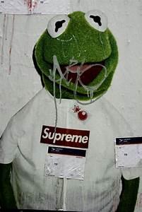 Pics For > Kermit Supreme Wallpaper