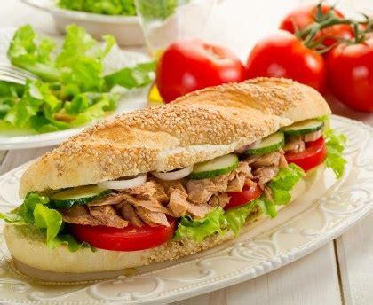 cuisine rapide et facile sandwich de l 39 été à l 39 avocat et au thon recette de