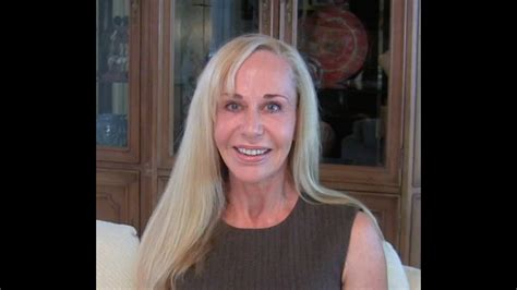 Why Younger Men Love Older Women Susan Winter Youtube