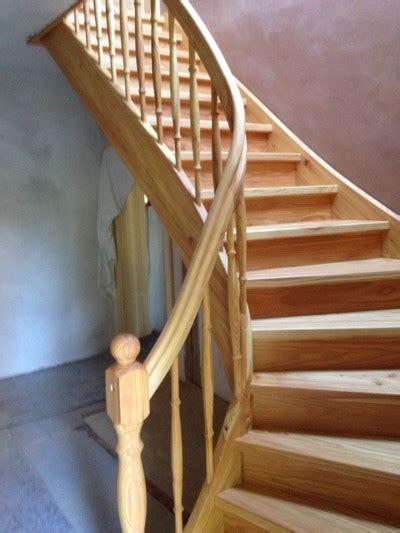 offene treppe nachträglich schließen treppe mit setzstufen aufgesattelte treppen treppenzentrum schmid geschlossene treppen mit
