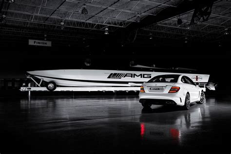Amg Cigarette Boat Video by Mercedes Amg Black Series Collaboration Speedboat