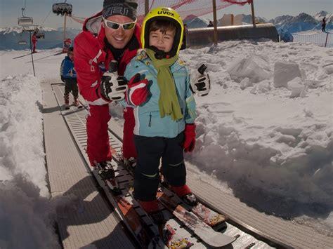 rückenprotektor kinder ski skiurlaub f 252 r familien familienfreundliches skihotel