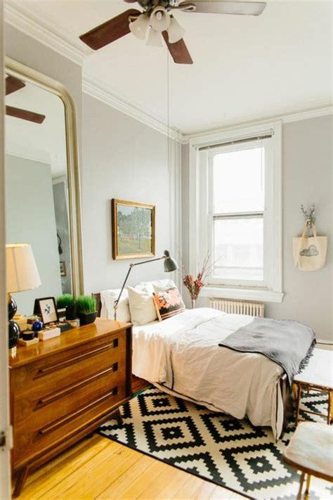 taille chambre le miroir mural grande taille accessoire pratique et