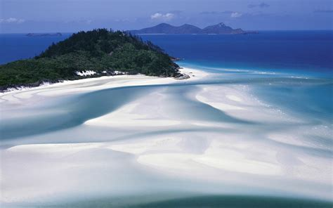 Amazing World Crystal Clear Whitehaven Beach In