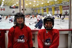 Try Hockey for Free day helps ISC Grow the Game in Pittsburgh