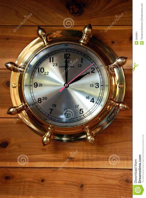 horloge en laiton de bateau image stock image 2846861