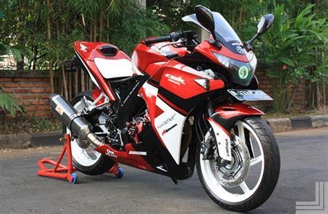 Modifikasi Cbr 150 Lokal by 20 Gambar Modifikasi Honda Cbr 150 Lokal Kumpulan