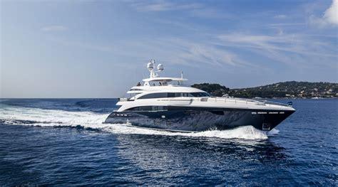 Yacht Uk princess motor yacht sales and service princess yachts