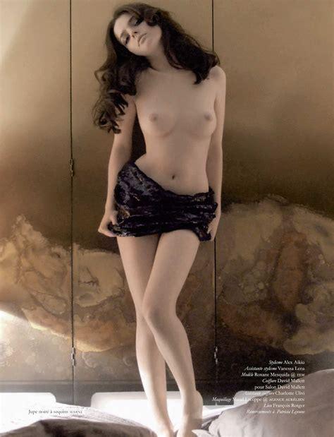 Roxane Mesquida Nue Dans Playboy Magazine France