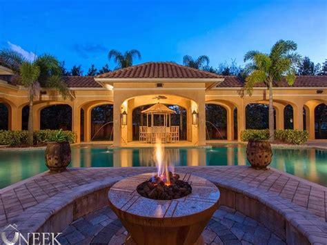 Luxury Mediterranean Single Story House Single Story House