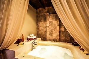 Jacuzzi Whirlpool Unterschied : hotelzimmer mit whirlpool die romantischsten suiten ~ Buech-reservation.com Haus und Dekorationen