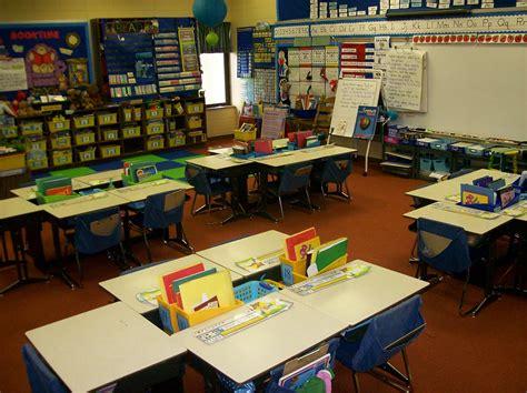 classroom desk arrangements booky4first desks arrangements linky
