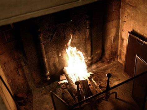 how to turn your tv into a fireplace for the